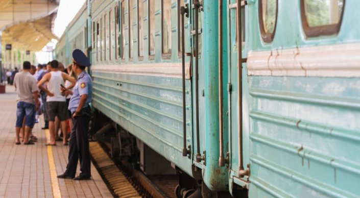 Картинки по запросу қозоғистон ўзбекистон поезд
