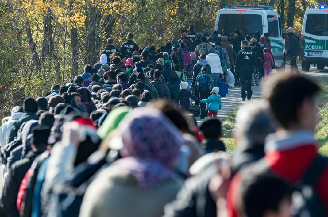 Германия кучли миграция инқирози юз беришидан хавфсирамоқда