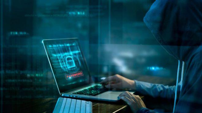 Испания разведкаси Россияни киберҳужум уюштиришда гумон қилмоқда