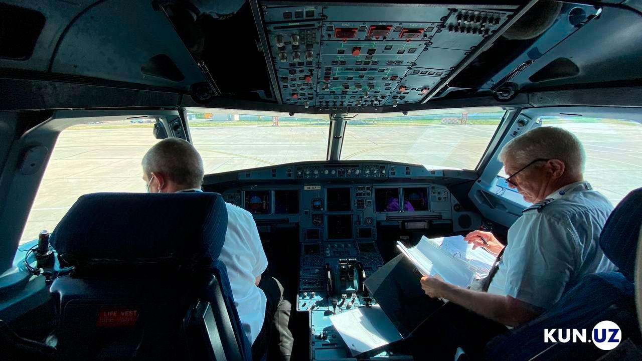 O'zbekistondagi birinchi xususiy aviakompaniyaning ilk samolyoti olib kelindi